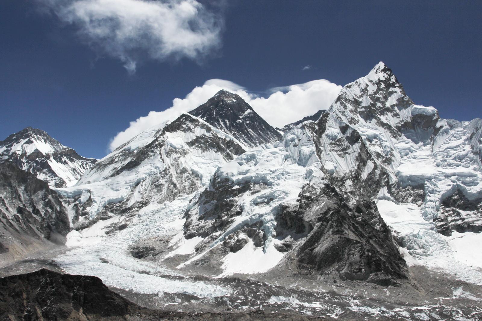 Эверест, ледник Кхумбу