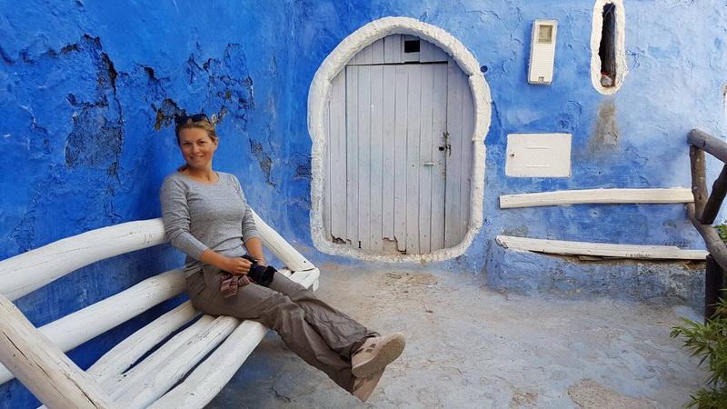 "<img class=""pull-center"" title=""риад в Марокко"" src=""http://www.journeys6senses.com/wp-content/uploads/2018/10/IMG_9885.jpg"" alt=""Где жить в Марокко"">"