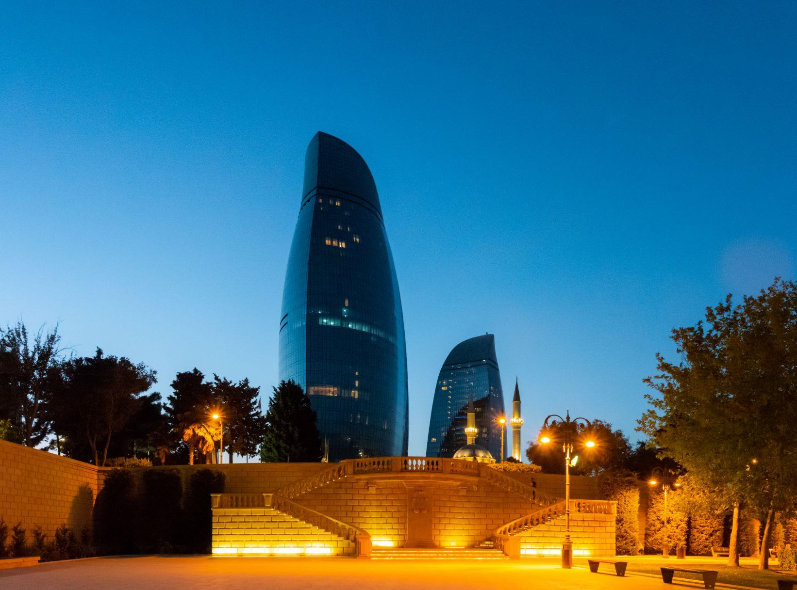 В Баку самостоятельно – чем заняться в городе и что посмотреть в окрестностях