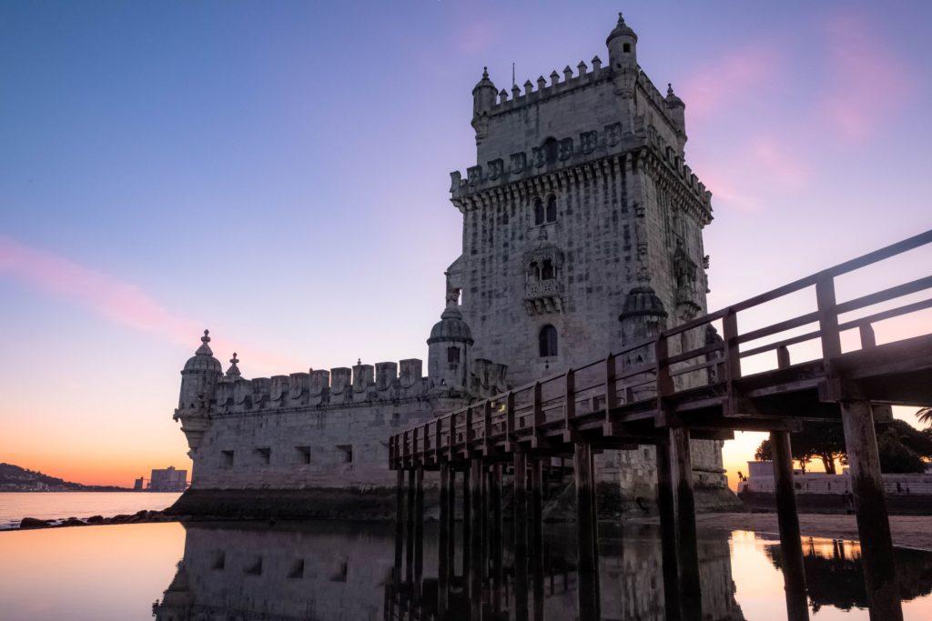 "<img class=""pull-center"" title=""Лиссабон, Белем"" src=""http://www.journeys6senses.com/wp-content/uploads/2020/04/DSCF5575-1024x683.jpg"" alt="" Лиссабон"">"