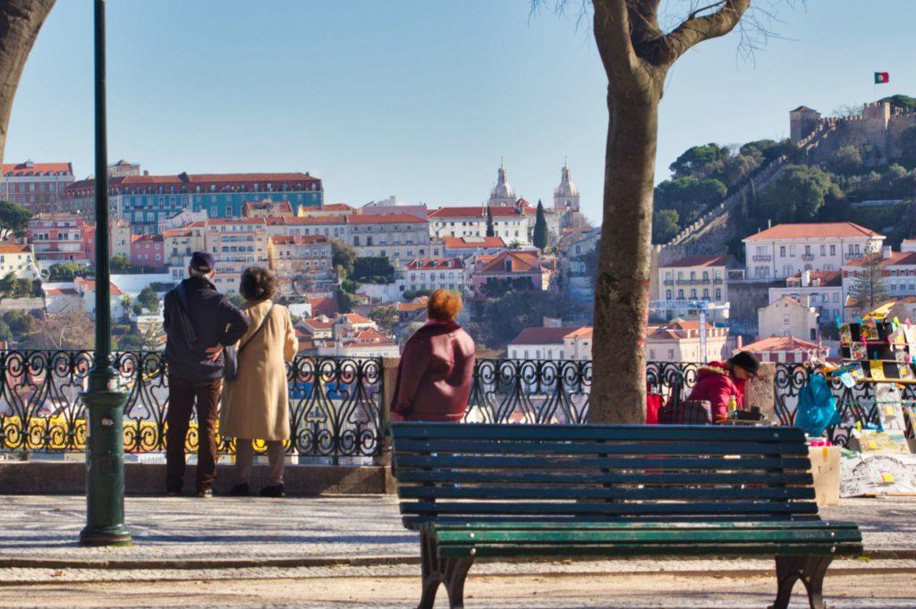 "<img class=""pull-center"" title=""Лиссабон, Принципе Реал"" src=""http://www.journeys6senses.com/wp-content/uploads/2020/04/IMG_5849-1024x681.jpg"" alt="" Лиссабон"">"